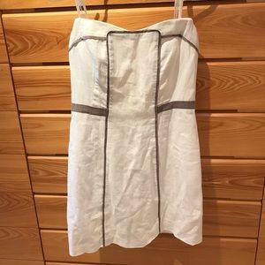 BCBG White Linen Dress Size 6
